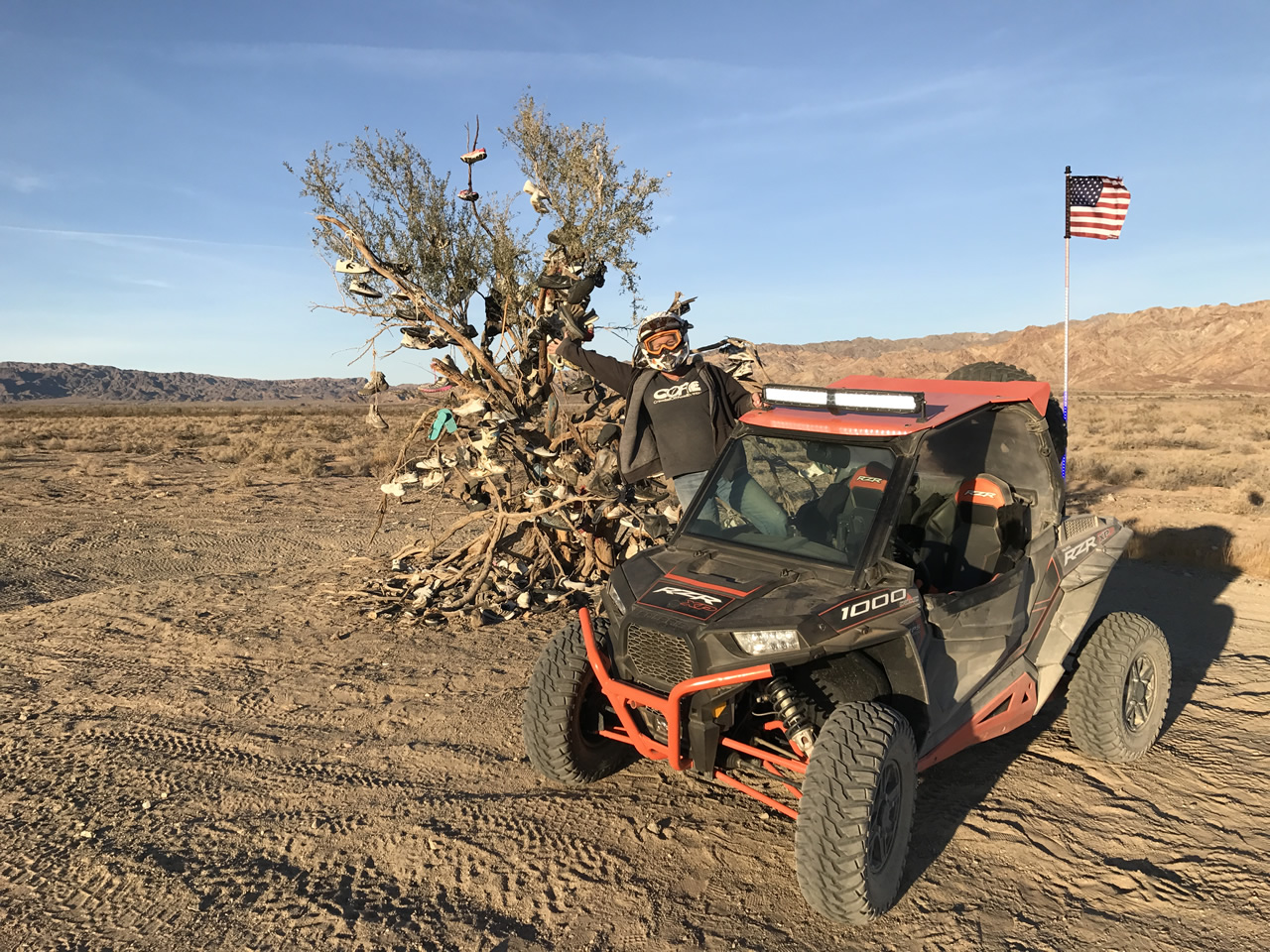 The shoe tree - on the trails near Glamis North Hot Springs