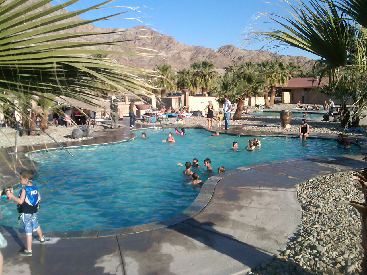 A picture of the main swimming pool at Glamis North Hot Springs Resort